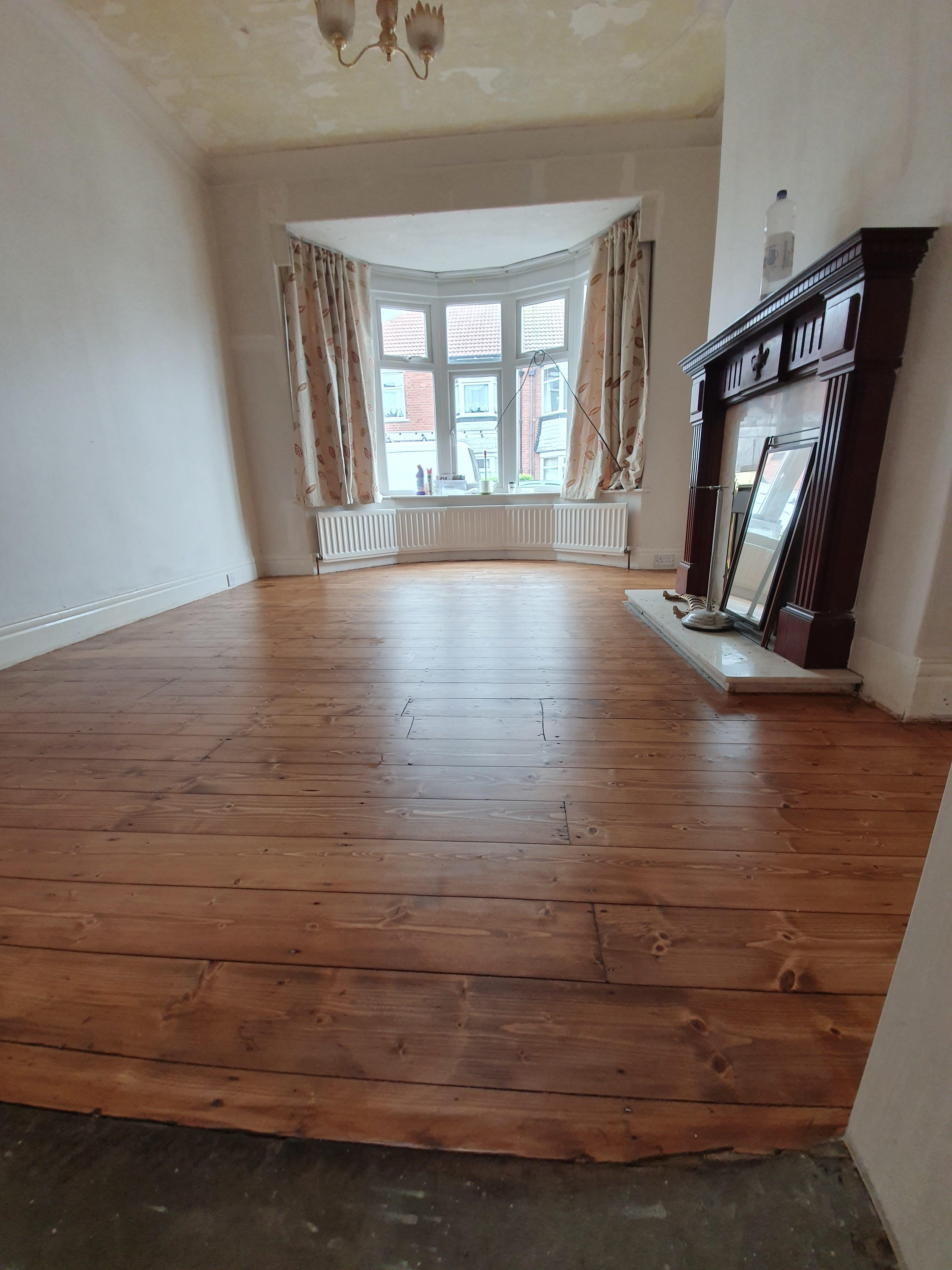 pine floor sanding Blyth
